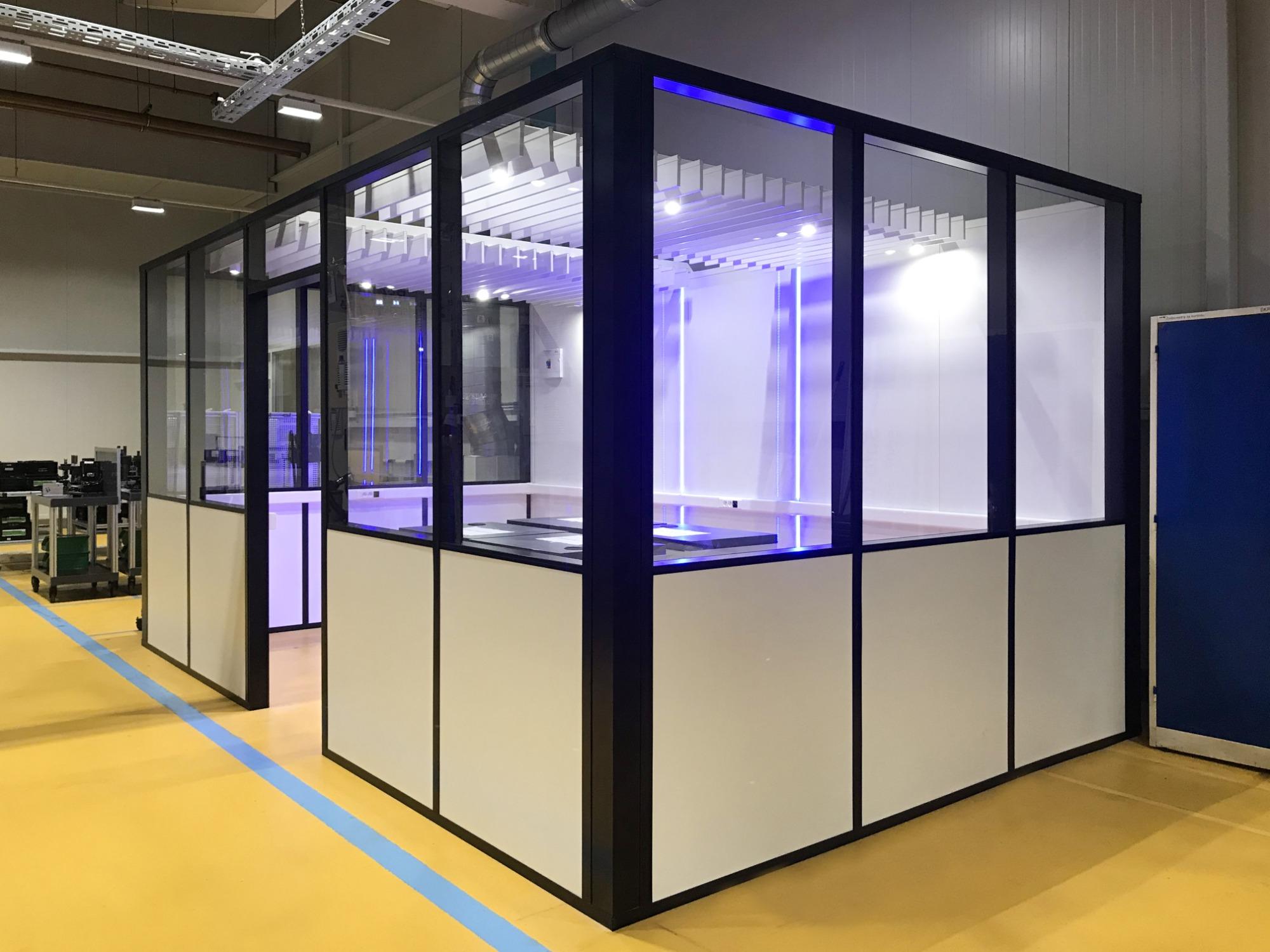 Einbauten für Produktionshalle mit Schwerpunkt auf Ästhetik