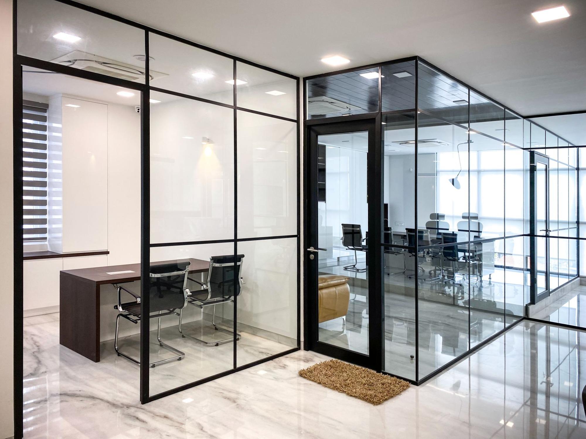 Büros mit Industriedesign im indischen Bengaluru