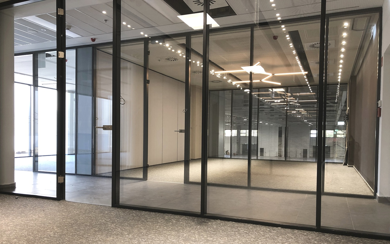Trennwände Omega für HUNGEXPO-Messepavillons in Budapest