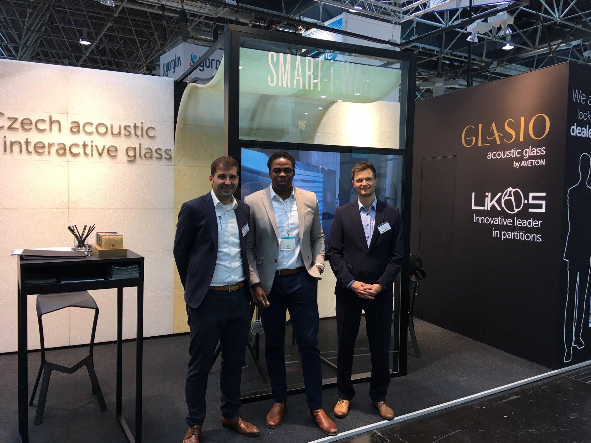 Gruß von der Weltleitmesse Glasstec 2018